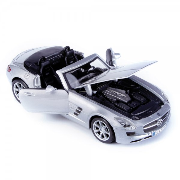 Maisto mercedes benz sls amg roadster 1 24 scale diecast for Mercedes benz scale model cars
