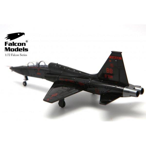 falcon models t 38a talon 9th rw 1st rs beale afb 2011 talon model plane. Black Bedroom Furniture Sets. Home Design Ideas