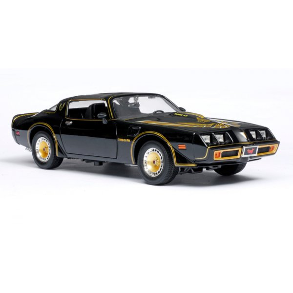 smokey the bandit 1980 pontiac trans am 1 18 scale diecast car from jumblies models uk. Black Bedroom Furniture Sets. Home Design Ideas