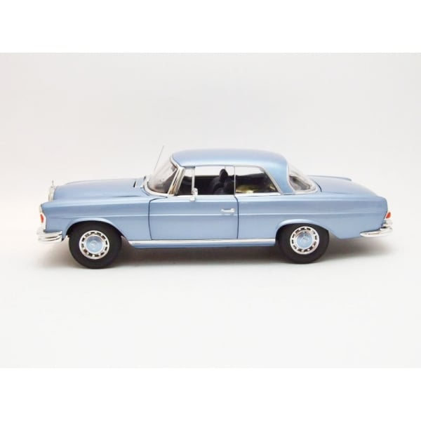 Norev 1969 mercedes benz 280 se coupe light blue for 1969 mercedes benz 280 se convertible