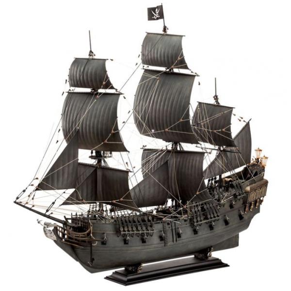 Revell 1:72 Disney Pirates of The Caribbean - Salazar's ...