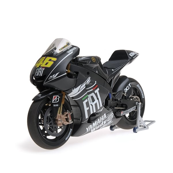 Minichamps yamaha yzr m1 2009 valentino rossi test for Yamaha m1 for sale