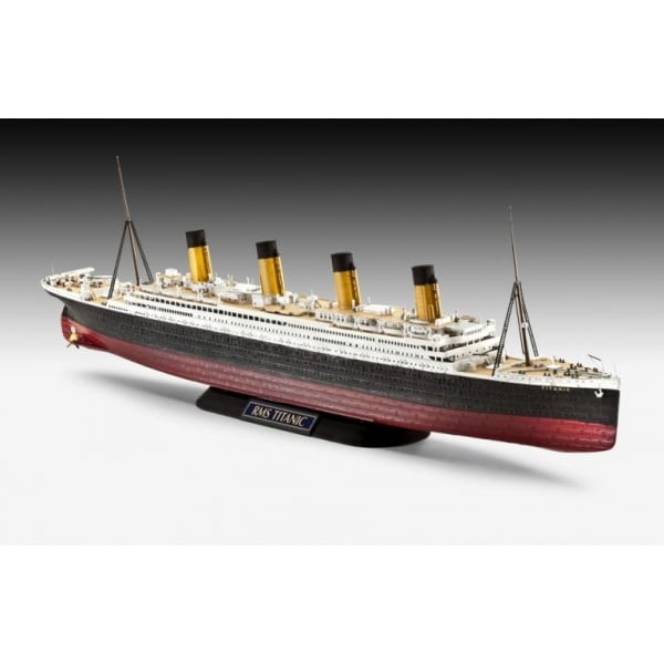 revell 1 600 r m s titanic easy click model ship kit. Black Bedroom Furniture Sets. Home Design Ideas