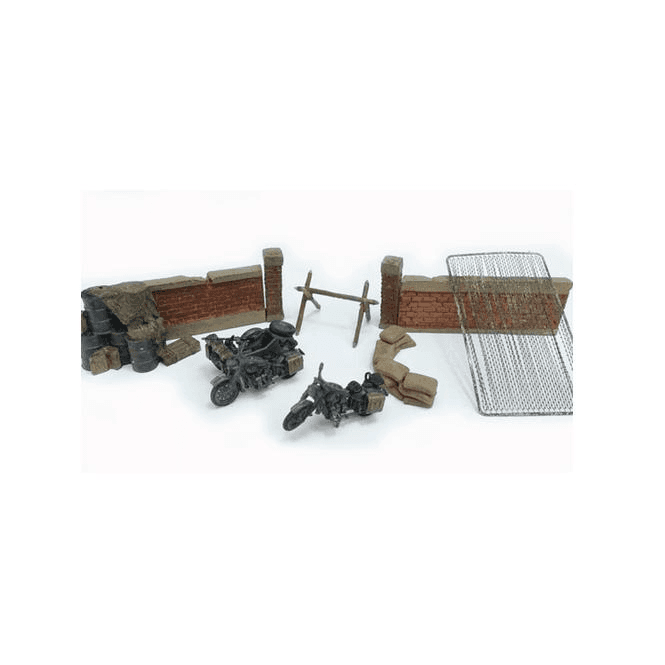 Precision Model Art 1:72 German Motorbike Diorama 7 Piece Set