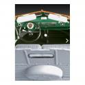 Revell 1:24 VW T1 Transporter (Kastenwagen) Model Car Kit