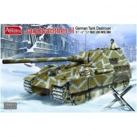 Amusing Hobby 1:35 German Jagdpanther II Tank Destroyer Military Model Kit
