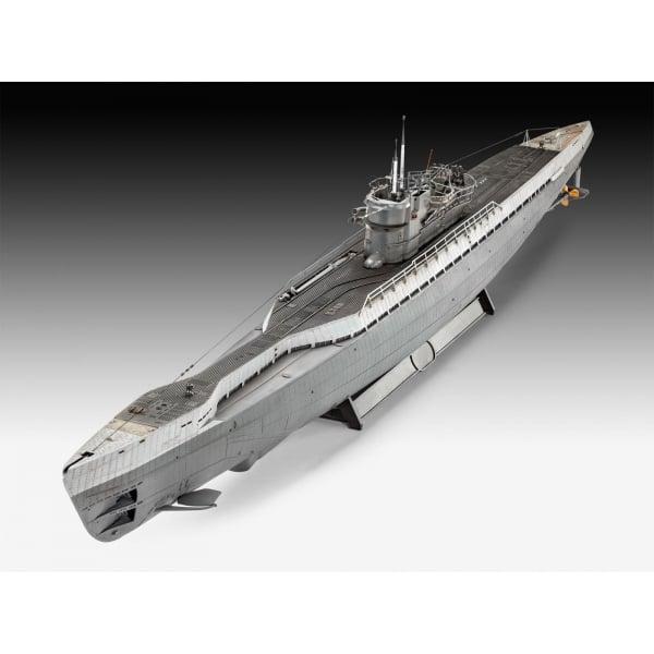 Type IX submarine