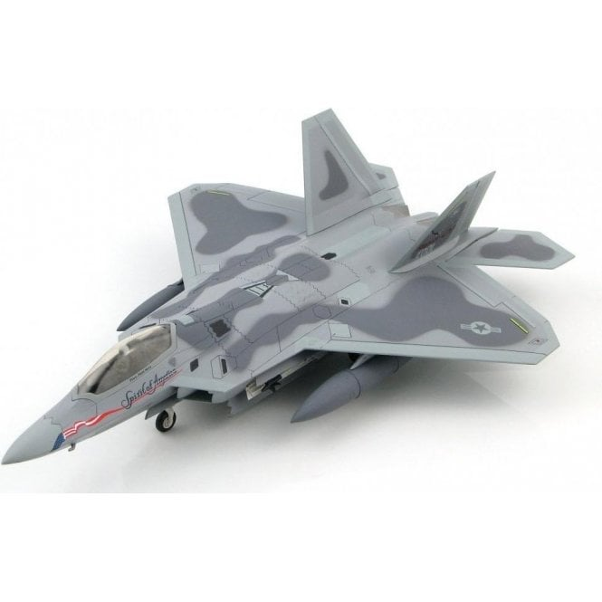 "Hobby Master 1:72 F-22A Raptor BuNo. 91-001 ""Spirit of America"" (Fully Loaded Version)"