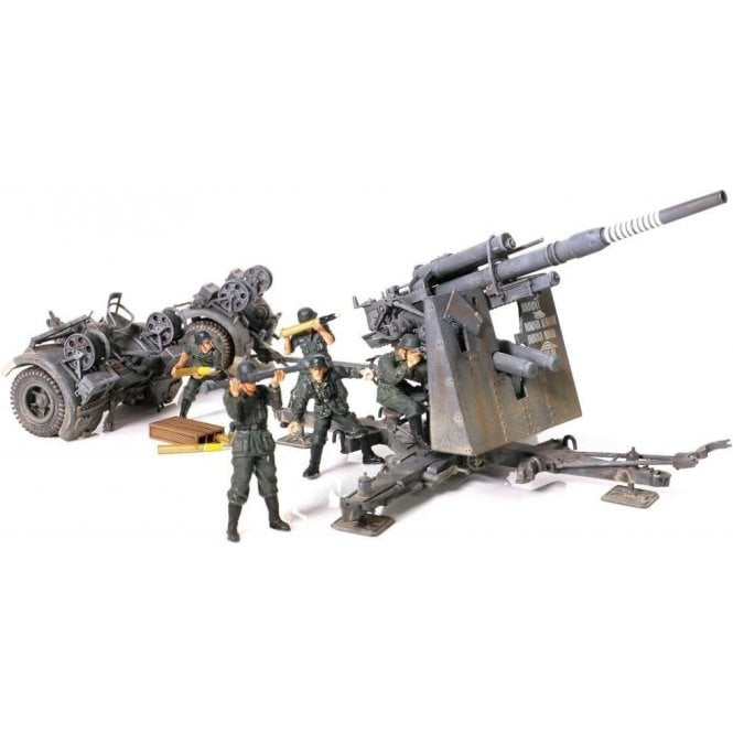 Forces of Valor 1:32 German 88mm Flak 36/37 Anti-Aircraft Gun with Flak 38 Barrel Stalingrad, 1942 & Figures