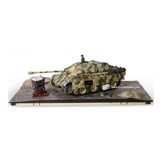 "Forces of Valor 1:32 Sd. Kfz. 173 Jagdpanther Tank Destroyer - ""234"", schwere Panzerjager Abteilung 654, Normandy, 1944"