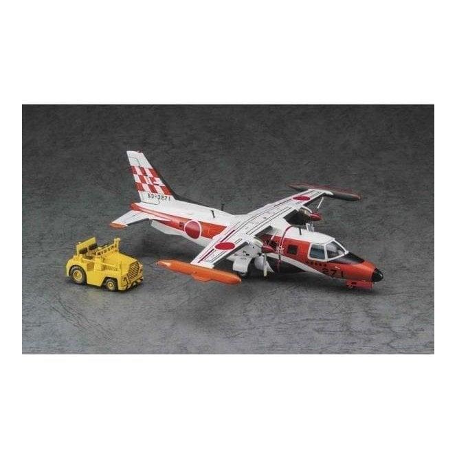 Hasegawa 1:72 Mitsubishi Mu-2J Flight Check Squadron W/Tractor Aircraft Model Kit