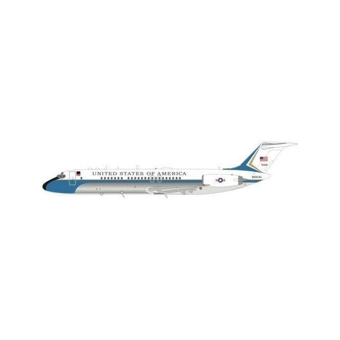 InFlight 200 Mcdonnell Douglas VC-9C (DC-9-32) USAF - Reg N681AL - 1:200 Scale