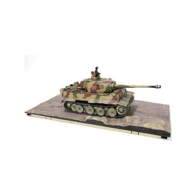 Forces of Valor Sightly Damaged Box 1:32 German Early Production Sd. Kfz. 181 PzKpfw VI Tiger I Ausf. E Heavy Tank Bonus Maybach HL 210 TRM P45 Engine