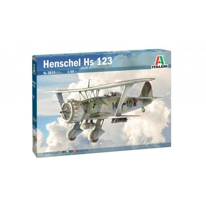 Italeri 1:48 HENSCHEL HS 123 Aircraft Model Kit