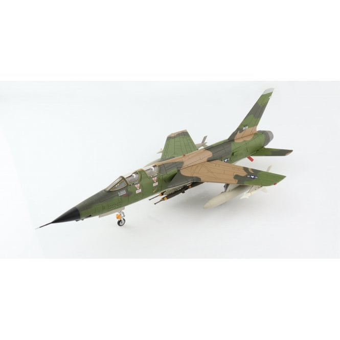 Hobby Master 1:72 F-105F Thunderchief 63-8301, flown by Lt Col. Leo Thorsness, 355th TFW, 357th TFS, 17 April 1967