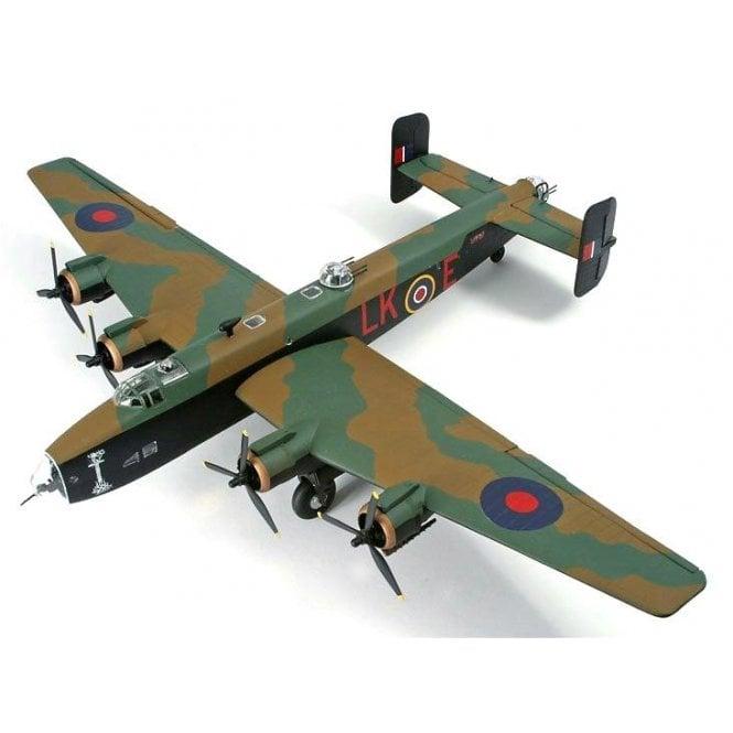 Corgi 1:72 HP Halifax B.111, LK797/LK-E, Cyril Barton VC RAF, No578 Squadron, Burn 30th March 1944