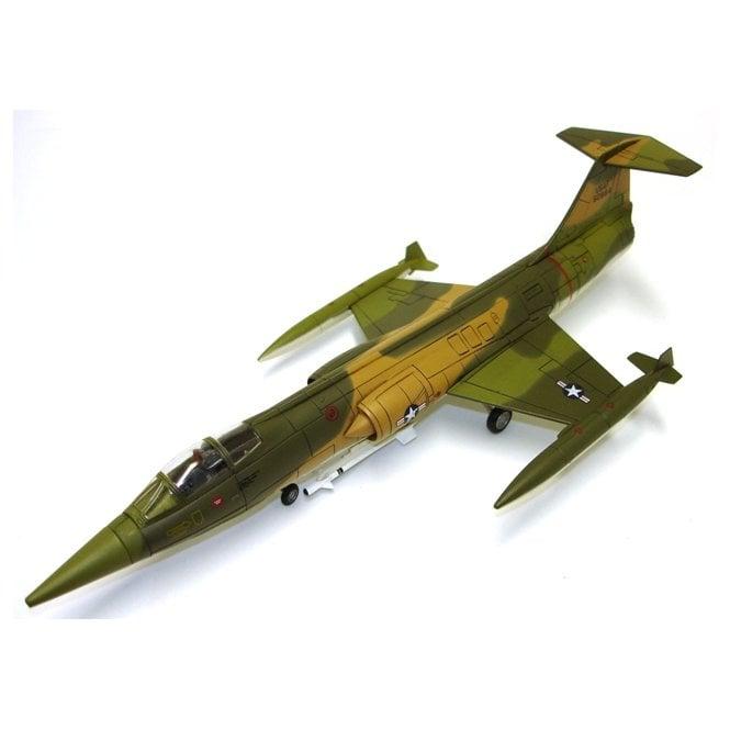 "Hobby Master 1:72 F-104C ""Pussy Cat"", 435th TFS Lt. Joe Nevers Squadron Commander Udorn AFB, Thailand"