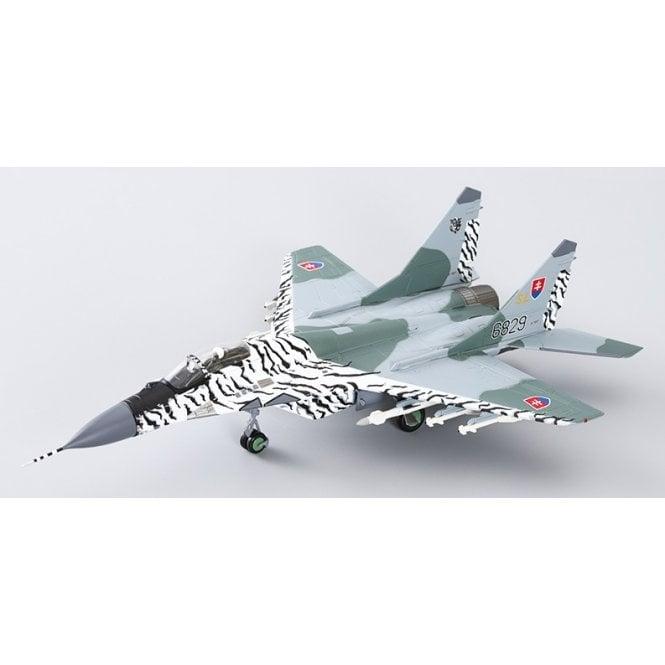 Hobby Master 1:72 MIG-29A Fulcrum 6829 ' Slovak Tiger 2002 '