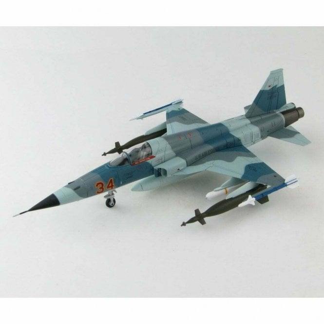 """Hobby Master 1:72 F-5E Tiger II """"Grape"""" 74-1534, 527th Aggressor Sqn., Alconbury AB, England 1976-1988"""