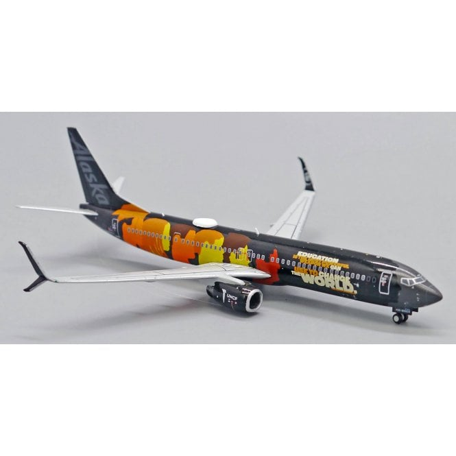 Gemini Jets 1:400 Boeing B737-900 Alaska ' Our Commitment '