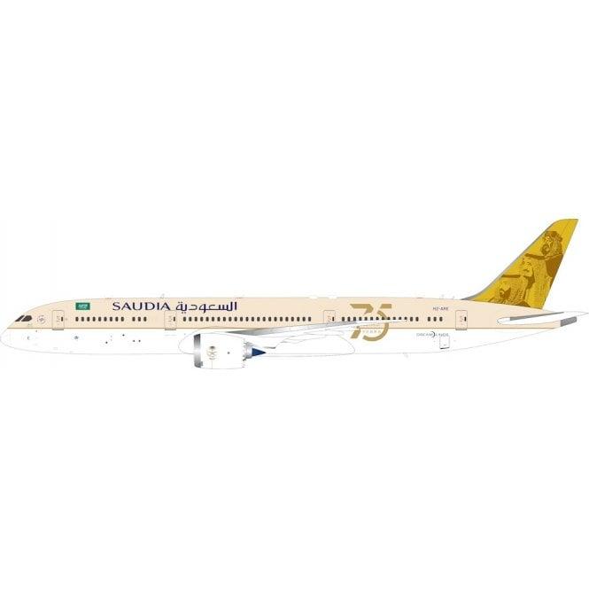 InFlight 200 Boeing 787-9 Dreamliner Saudia Saudi Arabian Airlines Reg - HZ-ARE - 1:200 Scale
