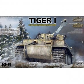 Rye Field Model Damaged box - 1:35 German Tiger I Early Production Wittmann's Tiger No. 504 - full interior & clear parts with workable track Military Model Kit