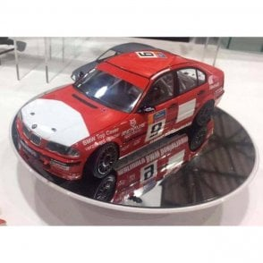 NUNU 1:24 BMW 320i E46 DTCC 2001 Car Model Kit