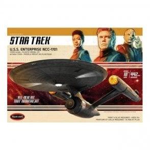 Polar Lights 1:1000 Star Trek Discovery U.S.S. Enterprise  Model Kit