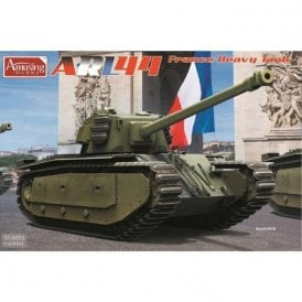 Amusing Hobby 1:35 ARL-44 France Heavy Tank Military Model Kit