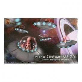 Pegasus 1:32 Alpha Centauri UFO's (x2) Short Range Saucers Model Kit