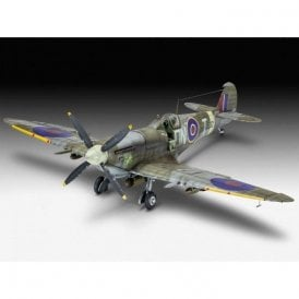 Revell Technik 1:32 Supermarine Spitfire Mk.IXc Aircraft Model Kit - Lights, Sounds & Motor