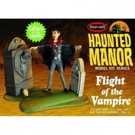 Polar Lights 1:12 Haunted Manor: Flight of the Vampire Model Kit