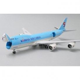 JC Wings 1:400 Boeing 747-8F Korean Air Cargo Reg - HL7629  (With Antenna - Interactive Series)