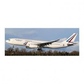 JC Wings 1:400 Airbus A330-200 French Air Force - Reg F-UJCS (With Antenna)
