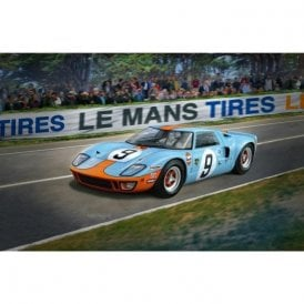 Revell 1:24 Limited Edition Ford GT40 Le Mans 1968 Car Model Kit