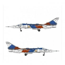 Calibre Wings 1:72 Sukhoi Su-24MR Fencer Russian Air Force, Yellow 40